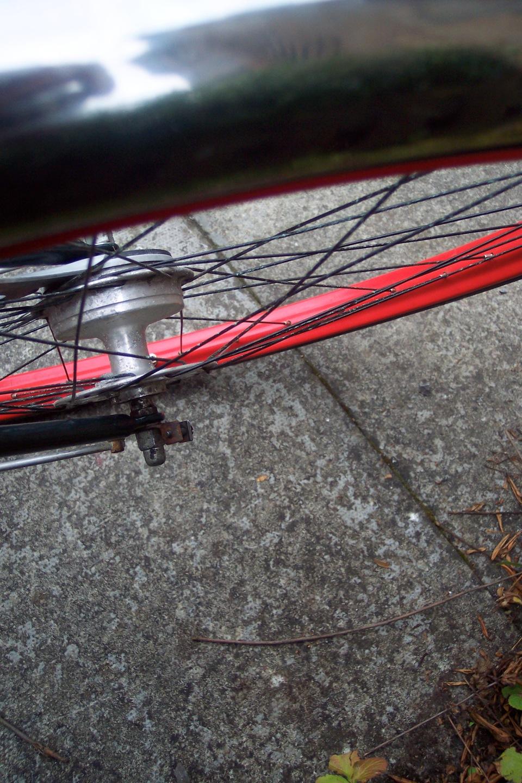 bicycle wheel sans odometer